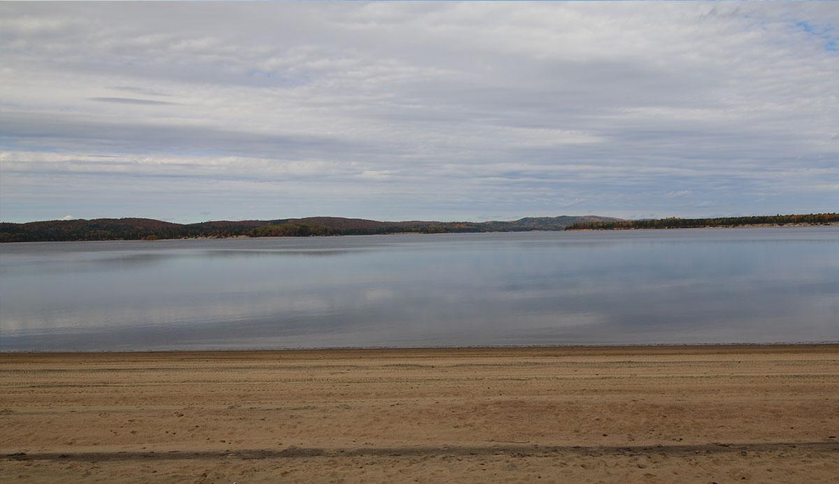 Chalet-Maryvonne-exterieur-lac