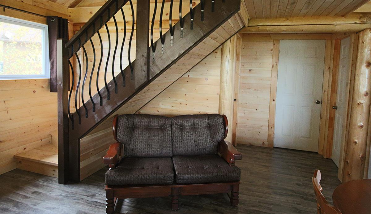 LeFrance-interieur-divan