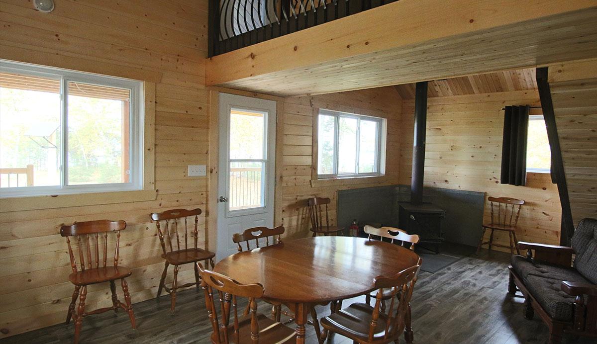 LeFrance-interieur-salle-manger